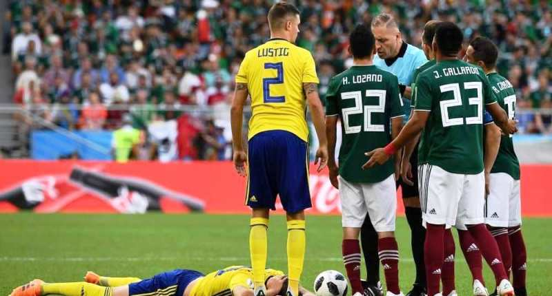 ثبت سریع ترین کارت زرد تاریخ جام جهانی