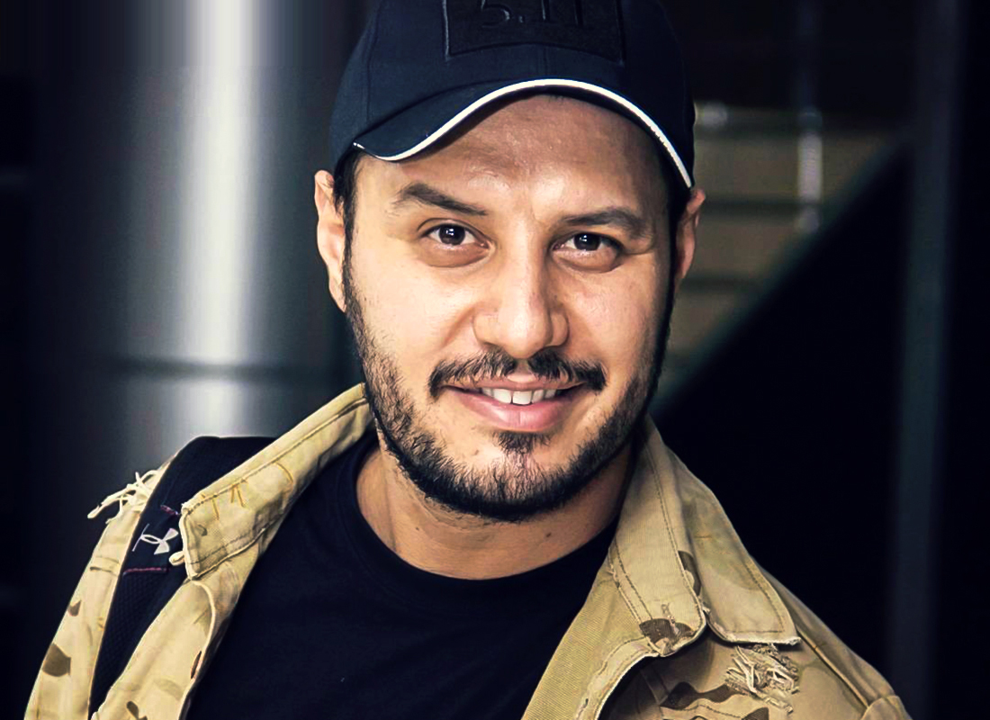 بیوگرافی جواد عزتی