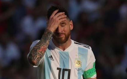 عکس/ مسی پس از شکست در جام جهانی
