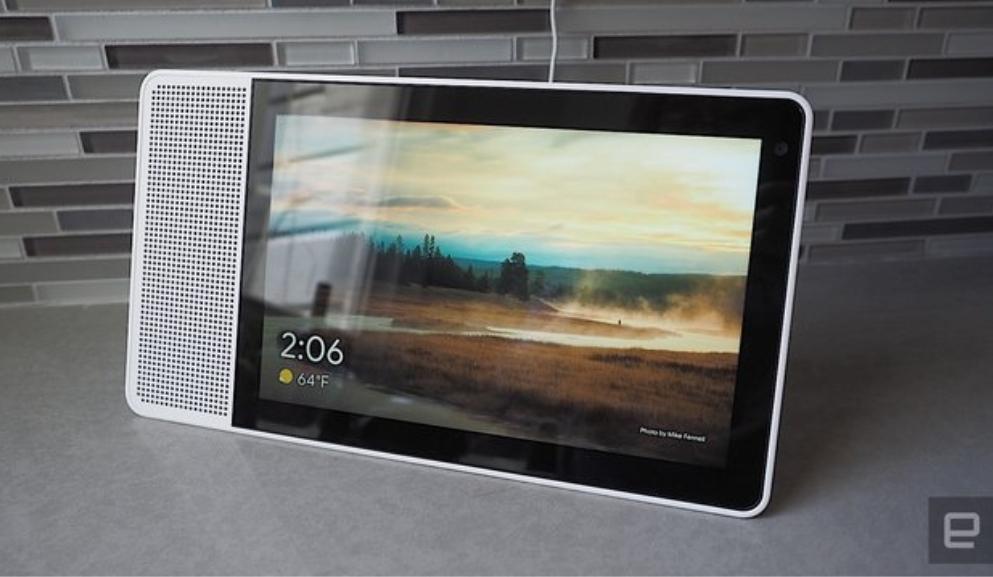 رقابت گوگل و آمازون کار را به ارائه صفحه نمایش هوشمند رساند!
