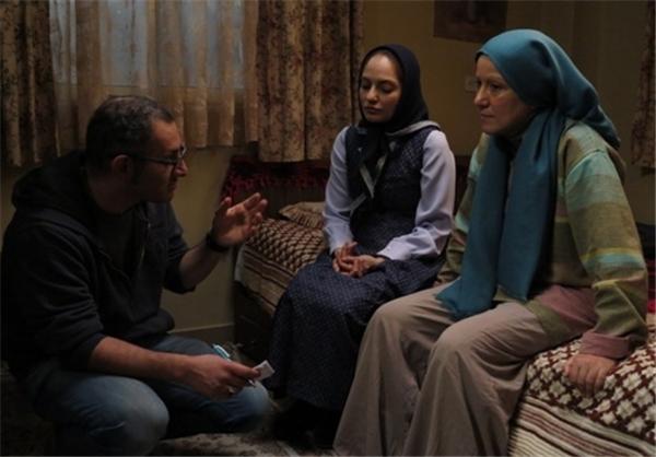 پانته آ بهرام و مهناز افار در فیلم بیگانه
