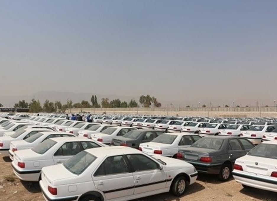 عرضه خودرو بیشتر می شود/ پراید هزار و ۵۰۰ دلار ارزبری دارد