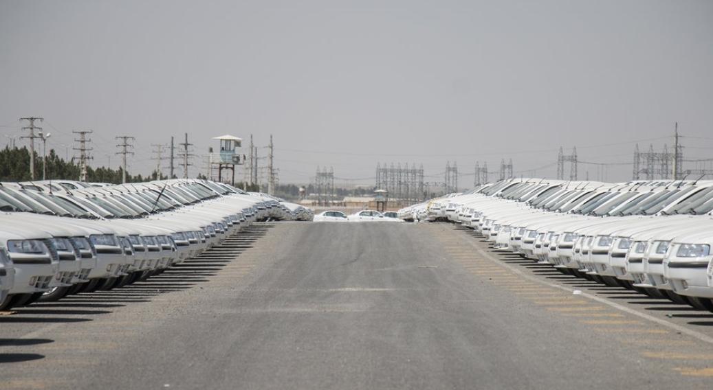 قیمت خودرو در سراشیبی افتاد/ نرخ فعلی خرید و فروش غیرواقعی است