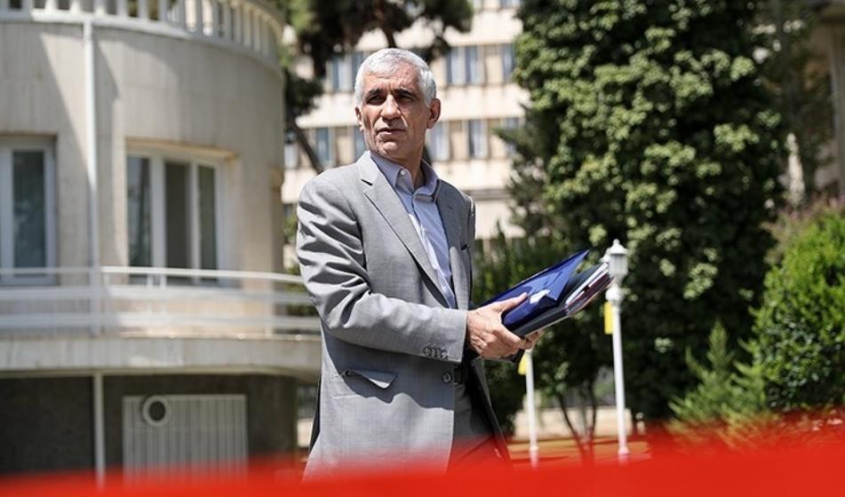قانون جدید مجلس شامل شهردار تهران هم می شود ؟!