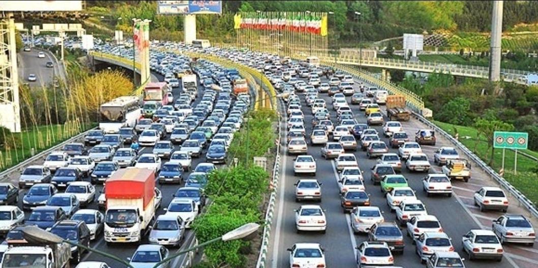 ترافیک سنگین معابر پایتخت در روز اول مدرسه