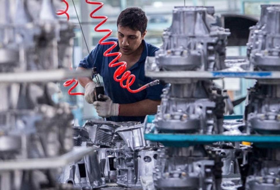 افزایش بدهی خودروسازان به قطعهسازان