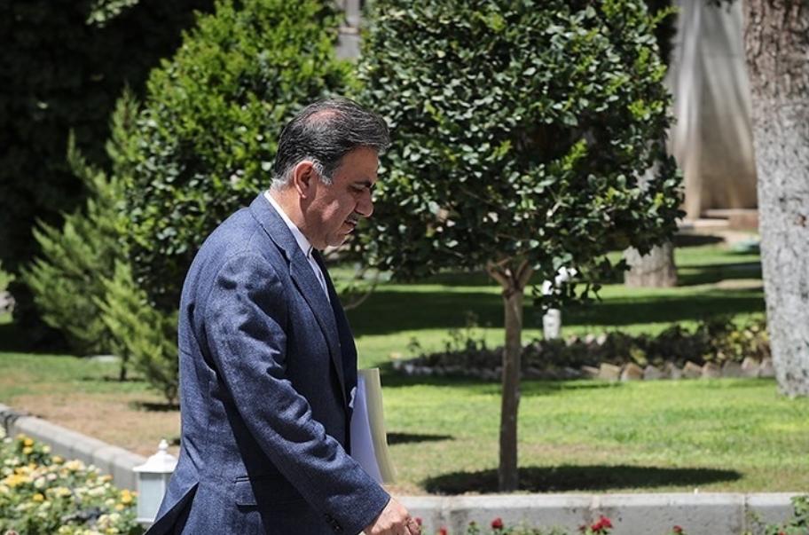 عباس آخوندی؛ وزیر راه و شهرسازی از سمت خود استعفا داد + تصویر استعفانامه وی