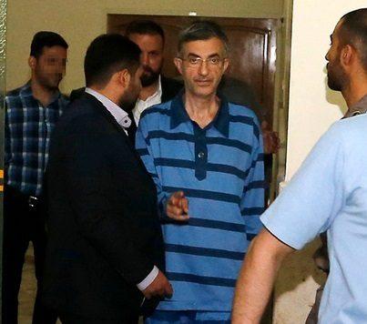 مقایسه عضو جبهه پایداری درباره دادگاه گلسرخی و مشایی
