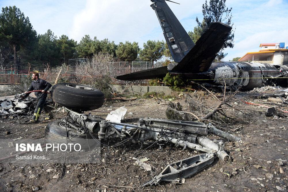 سقوط هواپیمای غیرمسافربری در شهرک مسکونی+ جزئیات ، عکس ها و اعلام اسامی ۱۰ تن از قربانیان