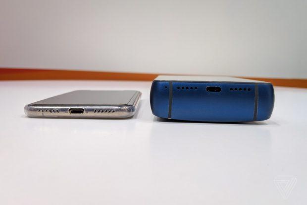 انرجایزر داخل این باتری ۱۸ هزار میلی آمپری یک گوشی هوشمند قرار داده است!