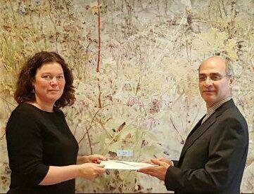 تقدیم رونوشت استوارنامه سفیر جدید ایران در هلند