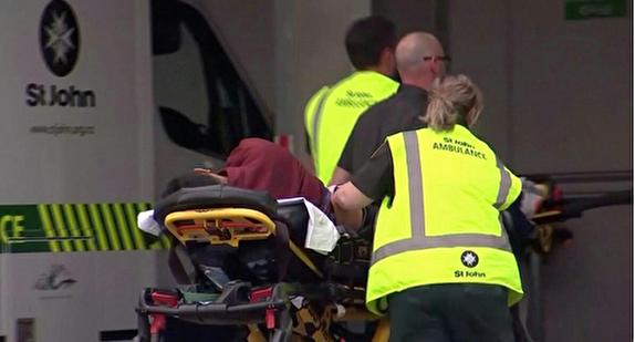 حمله مسلحانه مرگبار به دو مسجد در نیوزیلند/ دستکم ۲۷ نفر کشته شدند