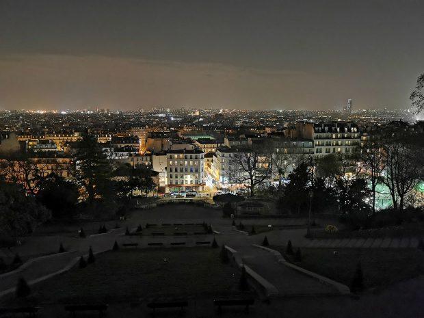 عکاسی در شب دوربین هواوی پی 30 پرو