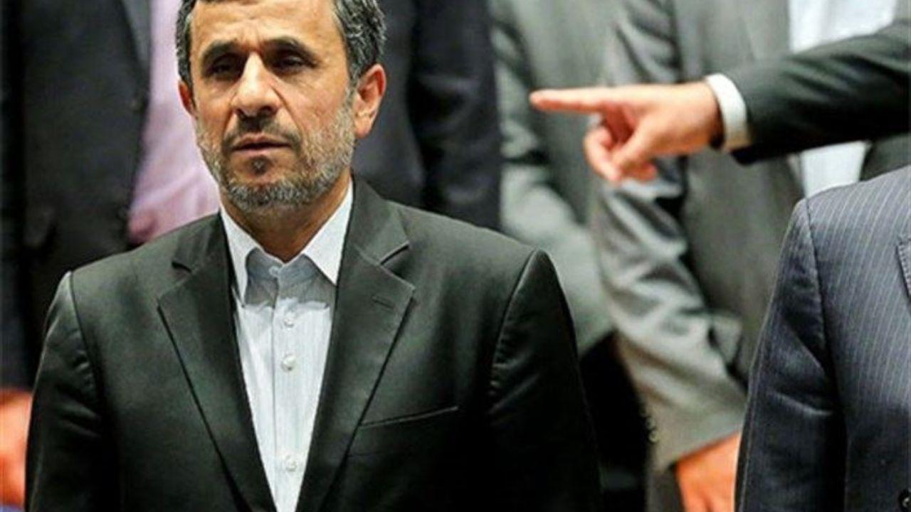 احمدینژاد: انقلاب ۵۷ کار انگلیس بود/ امیریفر: احمدینژاد به جانوری عجیب تبدیل شد