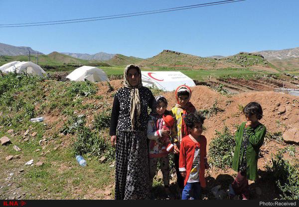 رنج روستاییان از سیلیِ سیل/ مسئولان به سراغمان نیامدند/ با کنسرو و آبمعدنی خسارتهای ما جبران نمیشود