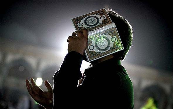 شب نوزدهم ماه رمضان ملائکه روی زمین آیند/با ضربت خوردن امام علی (ع) زمین به لرزه درآمد