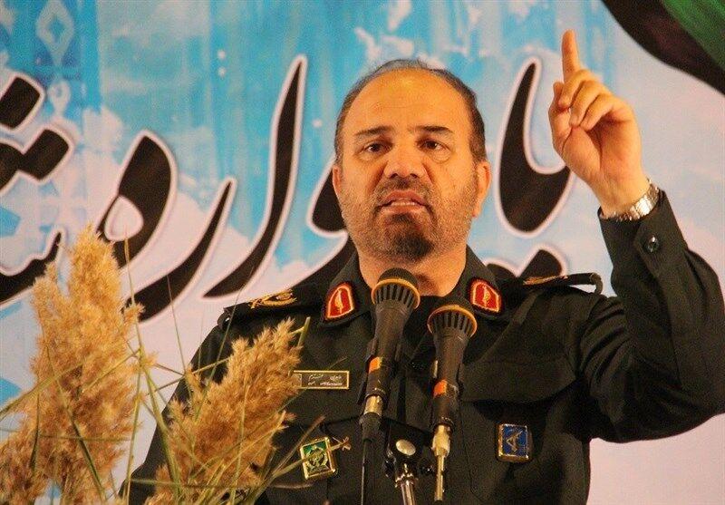 فرمانده سپاه عاشورا: مساجد در برخی شهرها به گروگان افراد در آمده/ باید حصارها را برداریم