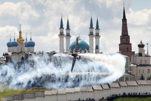 نمایش هوایی در شهر کازان روسیه/ رویترز