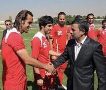 استوری علی کریمی در پاسخ به احمدینژاد