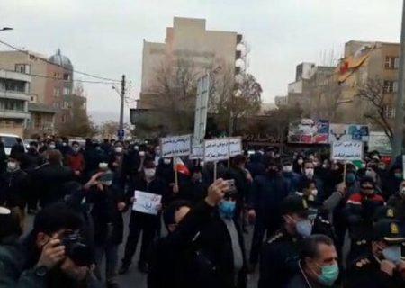 تجمع مردم تبریز در مقابل کنسولگری ترکیه/ عکس