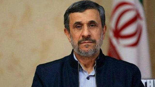 احمدینژاد در زمین آمریکا بازی میکرد
