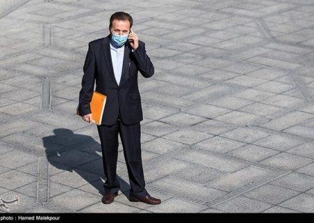 واعظی خطاب به نمایندگان: شما اصلاً در بازار بورس دخالت نکنید/کنایه به سفرهای استانی رئیس مجلس