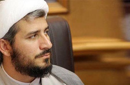 اختلاف دیدگاه احمدی نژاد و مصباح یزدی بسیار عمیق است