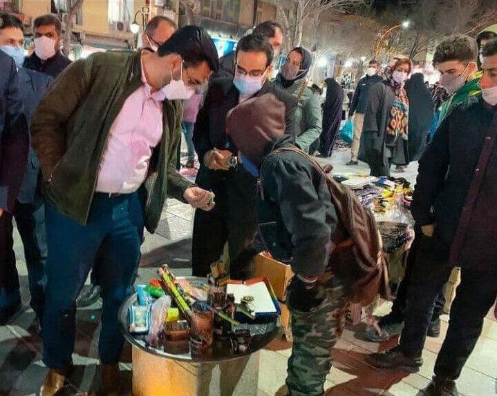 کیهان به آذرى جهرمى: به جای نامزدی در انتخابات برو ترقه بازى