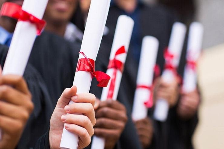 خروج ۹۰۰ استاد دانشگاه از کشور؟
