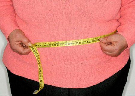 چرا خانمها بیشتر از آقایان شکم و پهلو دارند؟/ راه خلاصی از چربی های شکم