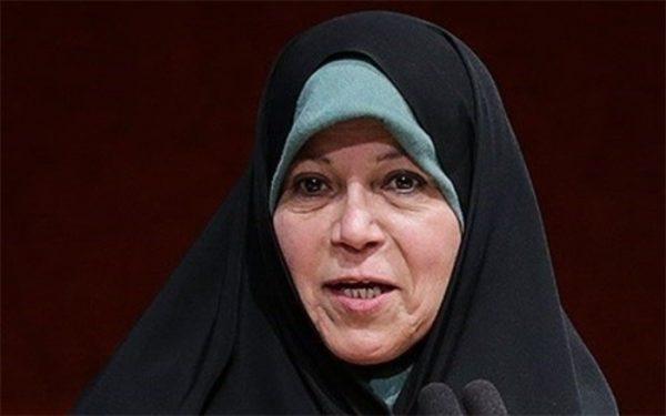 پیشنهادهای عجیب احمدینژاد به فائزه هاشمی