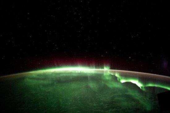 تصویر شفق قطبی از فضا