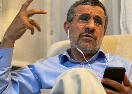 محمود احمدی نژاد: با میرحسین موسوی دوست هستم