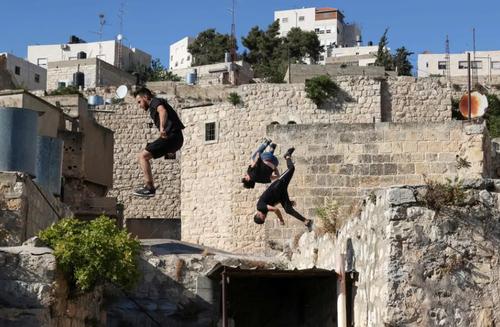 جوانان پارکورباز فلسطینی /عکس