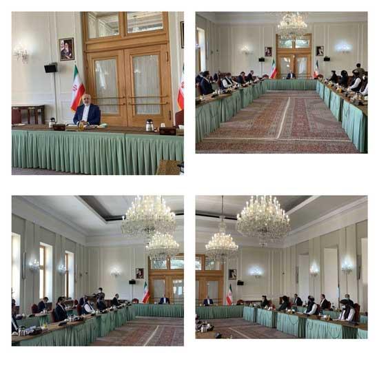 نمایندگان دولت افغانستان و طالبان در تهران با حضور ظریف دیدار کردند