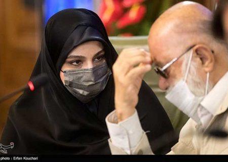 تکیه دختر سردار سلیمانی بر صندلی شورای شهر تهران/ عکس
