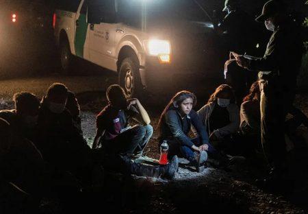 پناهجویان در مرز ایالات متحده آمریکا /عکس