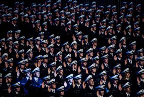 جشن فارغ التحصیلی پلیس آلمان /عکس