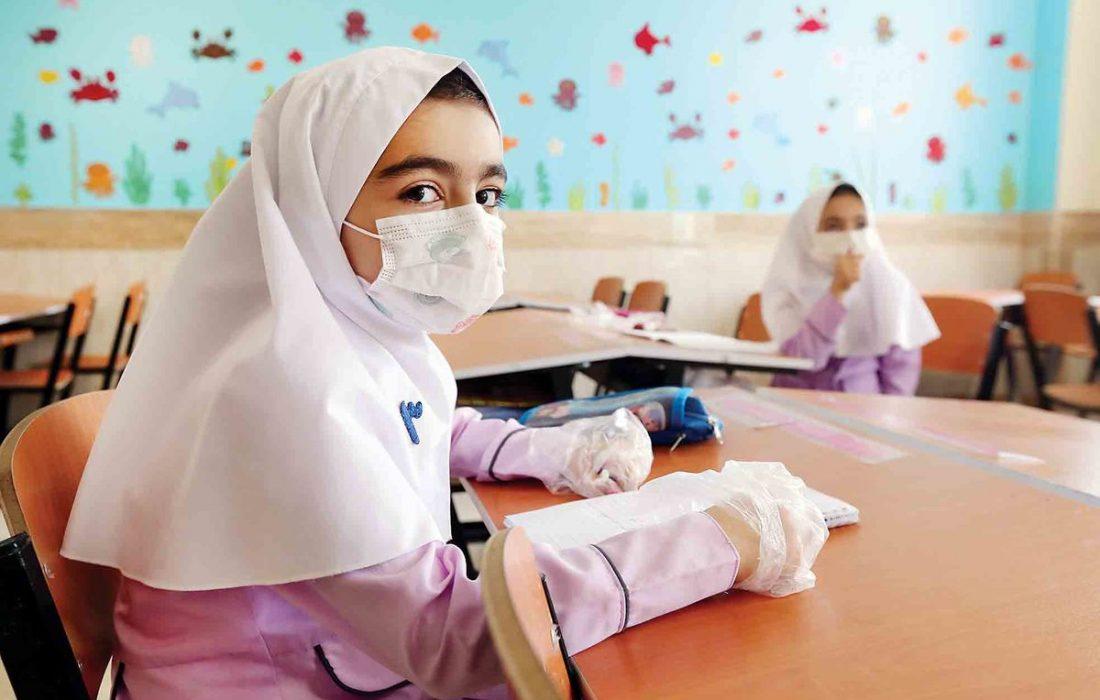 مسئولیت تایید نوع واکسن دانش آموزان با وزارت بهداشت است نه سازمان بهداشت جهانی/مسائل داخلی کشور ربطی به سازمان بهداشت جهانی ندارد