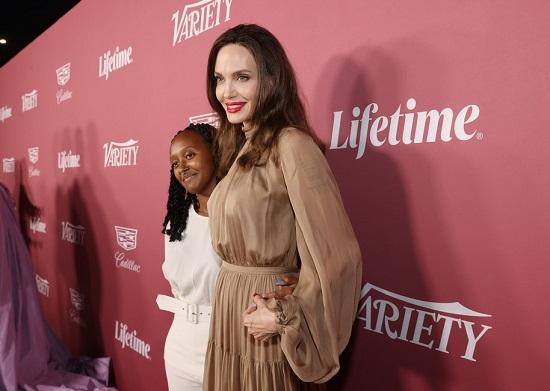 آنجلینا جولی در مراسم نشریه ورایتی/ عکس