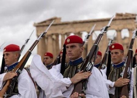 مراسم سالگرد آزادسازی آتن از اشغال آلمان نازی/ عکس