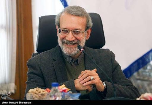 کریخوانی علی لاریجانی بعد از پیروزی حسن یزدانی